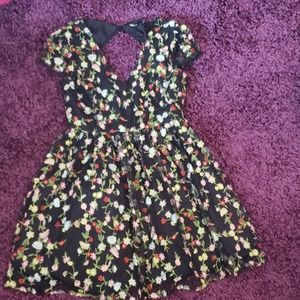 Flower Embroidered Black Dress Ina Size Large